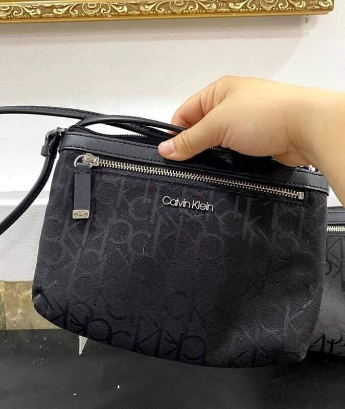 Túi CK logo màu đen